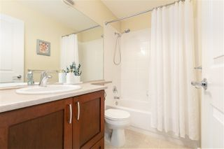 """Photo 17: 231 3105 DAYANEE SPRINGS Boulevard in Coquitlam: Westwood Plateau Townhouse for sale in """"Whitetail Lains at dayanee"""" : MLS®# R2385628"""