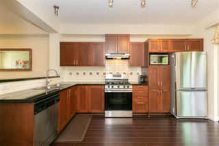 """Photo 8: 231 3105 DAYANEE SPRINGS Boulevard in Coquitlam: Westwood Plateau Townhouse for sale in """"Whitetail Lains at dayanee"""" : MLS®# R2385628"""