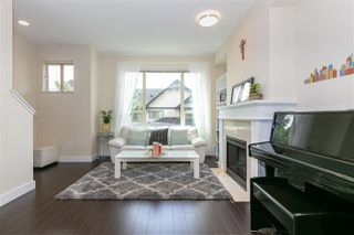 """Photo 3: 231 3105 DAYANEE SPRINGS Boulevard in Coquitlam: Westwood Plateau Townhouse for sale in """"Whitetail Lains at dayanee"""" : MLS®# R2385628"""