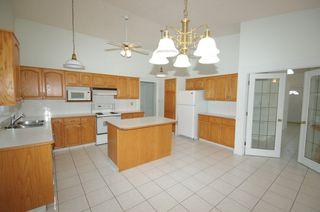 Photo 12: 258 WOLF RIDGE Close in Edmonton: Zone 22 House for sale : MLS®# E4170997