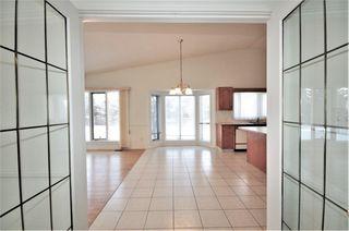 Photo 10: 258 WOLF RIDGE Close in Edmonton: Zone 22 House for sale : MLS®# E4170997