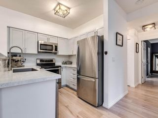 """Photo 8: 23 15 FOREST PARK Way in Port Moody: Heritage Woods PM Townhouse for sale in """"DISCOVERY RIDGE"""" : MLS®# R2411908"""