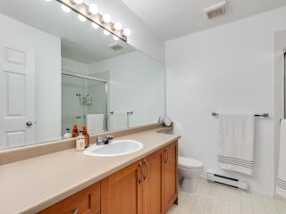 """Photo 16: 23 15 FOREST PARK Way in Port Moody: Heritage Woods PM Townhouse for sale in """"DISCOVERY RIDGE"""" : MLS®# R2411908"""