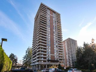 "Photo 1: 1706 3755 BARTLETT Court in Burnaby: Sullivan Heights Condo for sale in ""TIMBERLEA- ""THE OAK"""" (Burnaby North)  : MLS®# R2421661"