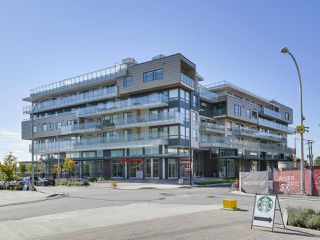 """Main Photo: 611 3488 SAWMILL Crescent in Vancouver: South Marine Condo for sale in """"3 TOWN CENTER AT RIVER DISTRICT"""" (Vancouver East)  : MLS®# R2433117"""