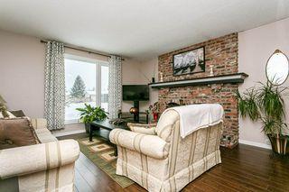 Photo 3: 2627 83 Street NW in Edmonton: Zone 29 House for sale : MLS®# E4189408