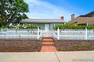 Photo 2: SAN DIEGO House for rent : 2 bedrooms : 720 Archer St