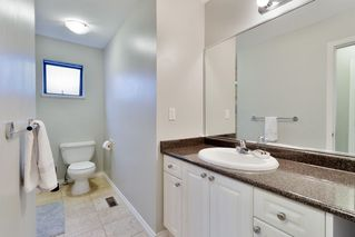 "Photo 17: 1271 NESTOR Street in Coquitlam: New Horizons House for sale in ""NEW HORIZONS"" : MLS®# R2467213"