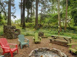 Photo 3: 5417 West Saanich Rd in Saanich: SW West Saanich House for sale (Saanich West)  : MLS®# 844358