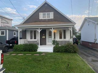 Photo 1: 11 Allen Street in Glace Bay: 203-Glace Bay Residential for sale (Cape Breton)  : MLS®# 202014454
