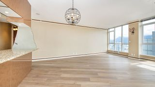"""Photo 3: 3403 1189 MELVILLE Street in Vancouver: Coal Harbour Condo for sale in """"The Melville"""" (Vancouver West)  : MLS®# R2507728"""