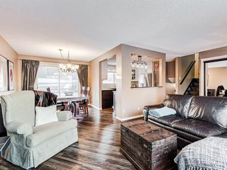 Photo 14: 6319 Thornaby Way NW in Calgary: Thorncliffe Detached for sale : MLS®# A1058595