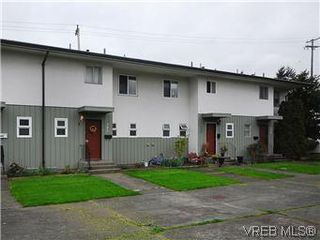 Photo 19: 386 W Burnside Road in VICTORIA: SW Tillicum Townhouse for sale (Saanich West)  : MLS®# 293157