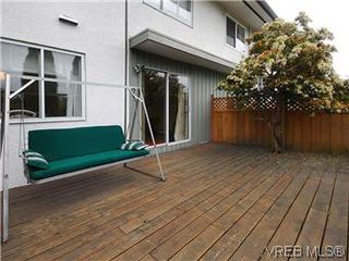 Photo 18: 386 W Burnside Road in VICTORIA: SW Tillicum Townhouse for sale (Saanich West)  : MLS®# 293157