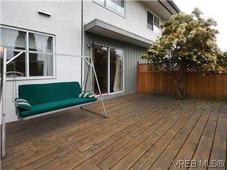 Photo 18: 386 W Burnside Rd in VICTORIA: SW Tillicum Row/Townhouse for sale (Saanich West)  : MLS®# 571261