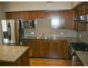 """Photo 5: 36 39760 GOVERNMENT RD: Brackendale Townhouse for sale in """"ARBOURWOODS"""" (Squamish)  : MLS®# V577578"""