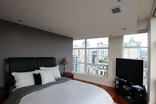 Photo 2: 2602 1055 Homer Street in Vancouver: Condo for sale