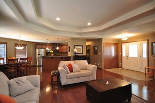 Photo 11: 45 Sage Place in Oakbank: Single Family Detached for sale : MLS®# 1209976