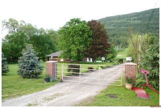 Photo 3: 3960 NE Trans Can Hwy #1 ST in Salmon Arm: NE - Salmon Arm House for sale : MLS®# 10112766