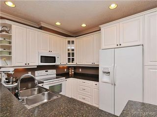 Photo 8: 969 Cavalcade Terrace in VICTORIA: La Florence Lake Single Family Detached for sale (Langford)  : MLS®# 316062