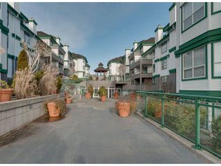 """Photo 13: 304 1575 BEST Street: White Rock Condo for sale in """"Embassy"""" (South Surrey White Rock)  : MLS®# F1400097"""