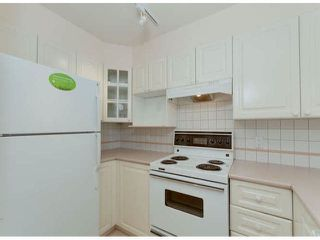 """Photo 4: 304 1575 BEST Street: White Rock Condo for sale in """"Embassy"""" (South Surrey White Rock)  : MLS®# F1400097"""