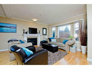 Photo 3: 3128 FINDLAY Street in Vancouver: Grandview VE 1/2 Duplex for sale (Vancouver East)  : MLS®# V1101673