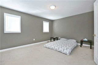 Photo 2: 584 Holland Heights in Milton: Scott House (2-Storey) for sale : MLS®# W3147191