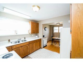Photo 2: 627 Melrose Avenue West in WINNIPEG: Transcona Residential for sale (North East Winnipeg)  : MLS®# 1511875