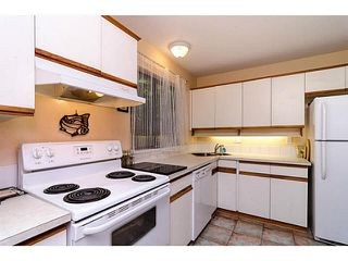 """Photo 6: 1436 PITT RIVER Road in Port Coquitlam: Mary Hill House 1/2 Duplex for sale in """"MARY HILL"""" : MLS®# V1130423"""