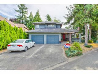 Photo 1: 1650 SUMMERHILL Court in Surrey: Crescent Bch Ocean Pk. House for sale (South Surrey White Rock)  : MLS®# F1450593