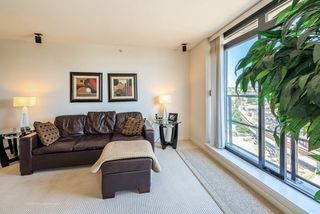 """Photo 7: 1708 1 RENAISSANCE Square in NEW WEST: Quay Condo for sale in """"THE Q"""" (New Westminster)  : MLS®# R2006106"""
