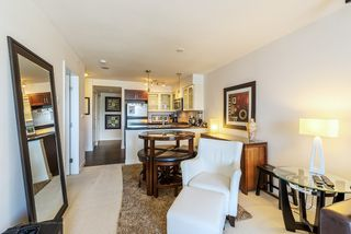 """Photo 8: 1708 1 RENAISSANCE Square in NEW WEST: Quay Condo for sale in """"THE Q"""" (New Westminster)  : MLS®# R2006106"""