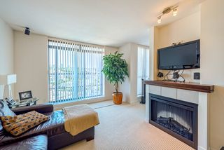 """Photo 6: 1708 1 RENAISSANCE Square in NEW WEST: Quay Condo for sale in """"THE Q"""" (New Westminster)  : MLS®# R2006106"""