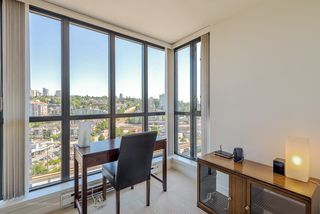 """Photo 11: 1708 1 RENAISSANCE Square in NEW WEST: Quay Condo for sale in """"THE Q"""" (New Westminster)  : MLS®# R2006106"""