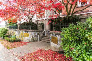 "Photo 16: 109 1195 W 10TH Avenue in Vancouver: Fairview VW Townhouse for sale in ""BOLLERT PLACE"" (Vancouver West)  : MLS®# R2014004"