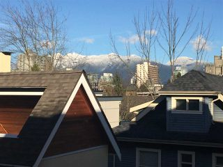 """Photo 2: 1076 NICOLA STREET in Vancouver: West End VW Townhouse for sale in """"Nicola Mews"""" (Vancouver West)  : MLS®# R2022392"""