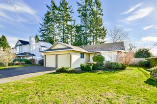 Photo 1: 15616 84A Avenue in Surrey: Fleetwood Tynehead House for sale : MLS®# R2033176