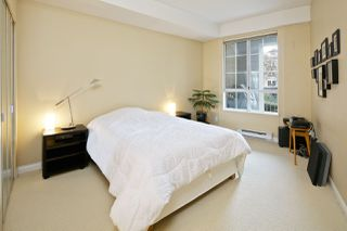"""Photo 12: 212 5835 HAMPTON Place in Vancouver: University VW Condo for sale in """"St. James"""" (Vancouver West)  : MLS®# R2037637"""