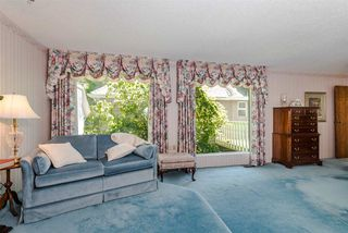 Photo 10: 422 WALKER Street in Coquitlam: Coquitlam West House for sale : MLS®# R2068148