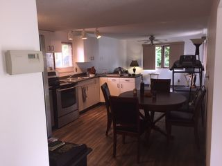 """Photo 4: 22 40157 GOVERNMENT Road in Squamish: Garibaldi Estates Manufactured Home for sale in """"Spiral Moble Home Park"""" : MLS®# R2093196"""
