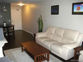 Photo 6: 202 663 Goldstream Ave in VICTORIA: La Fairway Condo for sale (Langford)  : MLS®# 738320