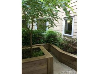 Photo 18: 202 663 Goldstream Ave in VICTORIA: La Fairway Condo for sale (Langford)  : MLS®# 738320