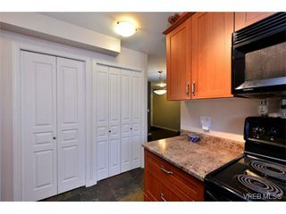Photo 4: 202 663 Goldstream Ave in VICTORIA: La Fairway Condo for sale (Langford)  : MLS®# 738320