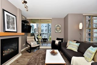 "Photo 2: 903 989 RICHARDS Street in Vancouver: Downtown VW Condo for sale in ""Mondrian 1"" (Vancouver West)  : MLS®# R2095288"