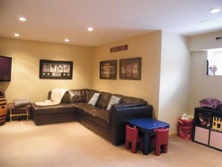 "Photo 13: 43 8675 209 Street in Langley: Walnut Grove House for sale in ""Sycamores"" : MLS®# R2100072"