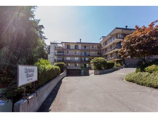 "Photo 1: 106 32110 TIMS Avenue in Abbotsford: Abbotsford West Condo for sale in ""Bristol Court"" : MLS®# R2101320"