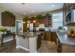 """Photo 7: 14570 58A Avenue in Surrey: Sullivan Station House for sale in """"Panorama"""" : MLS®# R2101562"""