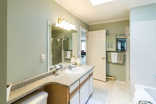 "Photo 12: 504 11726 225 Street in Maple Ridge: East Central Townhouse for sale in ""Royal Terrace"" : MLS®# R2122432"