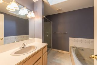 Photo 7: 8472 140 Street in Surrey: Bear Creek Green Timbers House for sale : MLS®# R2126174